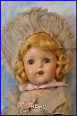 15 Kate Greenaway Madame Alexander, Princess Elizabeth Face 1938-1943 No Crazing