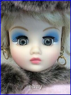 17 Madame Alexander Cissy Coco Fashion Doll Extra Outfits & Wigs Puppy Dog #R