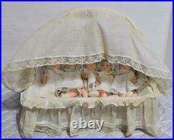 1935 Vintage 5 Original 8 Madame Alexander Dionne Quintuplets in Basket Bed