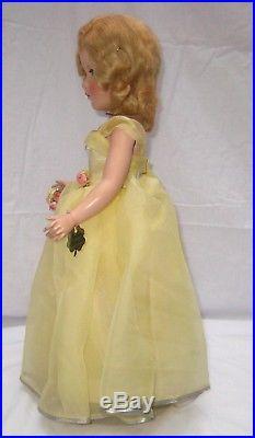 1950's Madame Alexander Margaret Bridesmaid Yellow 18 Doll Museum Quality RARE