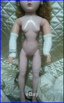 1950s 21 inch Tagged original Madame Alexander Queen Cissy doll