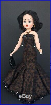 2001 BLACK AND WHITE BALL CISSY 21 MADAME ALEXANDER redressed Irish outfit and