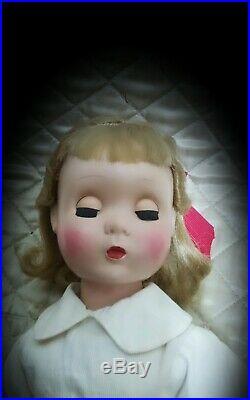 20 inch 1950s Madame Alexander Maggie face Annabelle