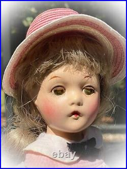 Adorable 14 Vintage Madame Alexander Swivel Waist WENDY ANN Doll