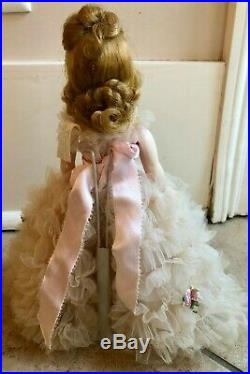 Gorgeous Vintage 1963 Madame Alexander CISSETTE Doll Cinderella Gown