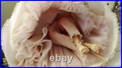 JACQUELINE CISSY 1970 Madame Alexander 21 ORIG GODEY PORTRAIT DOLL Satin Gown