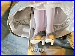 LE 250 Madame Alexander 10 Queen Katherine Howard Tudor Doll