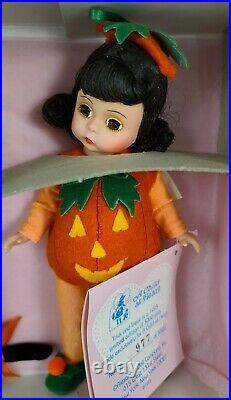 Limited Edition Madame Alexander 61S Trick And Treat Halloween Set 977/3000