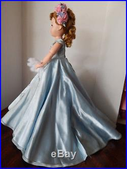 MADAME ALEXANDER 20 CISSY BLUE WALTZ 1955 Blue Slipper Satin gown