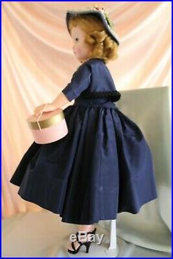 MADAME ALEXANDER VTG Cissy withNavy Bolero 1955/EXCELLENT condition