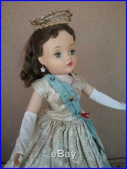 Madame Alexander 1950s vintage 20 21 Cissy doll Queen Elizabeth pet smoke free
