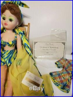 Madame Alexander 21 Cissy Daisy Resort in Box with Accessories Ltd. Ed. 1997