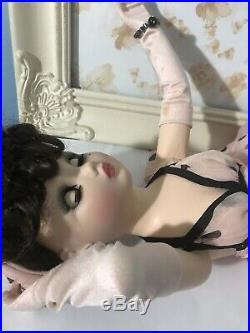 Madame Alexander 21 Inch Cissy Riviera Posh
