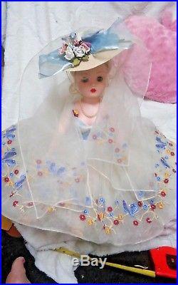 Madame Alexander 21 Original Blue Bird Cissy Doll & original Tagged dress