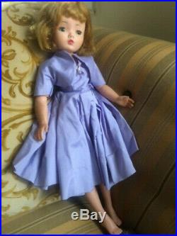 Madame Alexander Cissy Doll vintage 50's