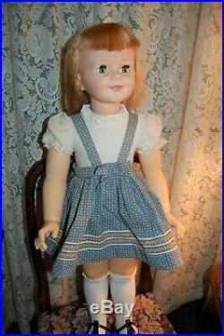 Madame Alexander Janie 36 1960 with original Dress and skirt