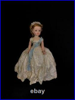 Madame Alexander Margaret 1953 2020A from Beaux Arts Creation Series