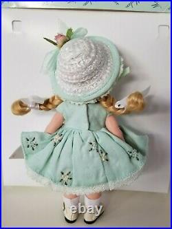 Madame Alexander Mint Tea Wendy 8