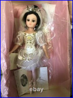 Madame Alexander Swan Lake 18 Doll, RARE Hard To Find