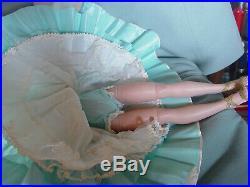 Madame Alexander Vintage Hard Plastic Mint Cissy Doll In Opera Theater Costume