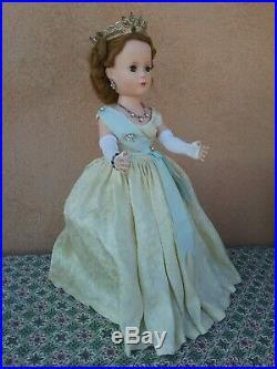 Madame Alexander vintage 17 doll Margaret 1950s walker Queen Elizabeth tagged