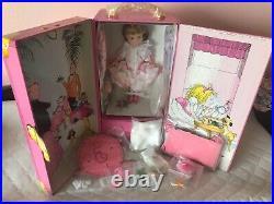 Madame alexander eloises ultimate tea party trunk set