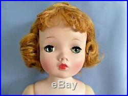 Pretty Madame Alexander Vintage Cissy Doll