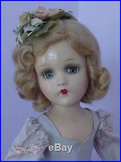 Pretty Vintage Composition Madame Alexander Wendy Ann A/O Bridesmaid 18