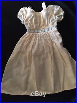 Rare Madame Alexander Madelaine With 5 Tagged Outfits, 3 hats, 6 Pr Shoes, More