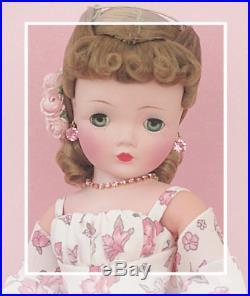 Scrumptious & Serene In Sweet Chiffon 1955 Vintage Madame Alexander Cissy
