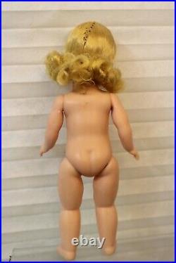 Secret Garden Trunk Set by Madame Alexander Exclusively for FOA Schwarz 8 Doll