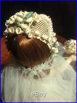 VINTAGE 1950's Madame Alexander BRIDE DOLL, 14 Hard Plastic Wendy walker