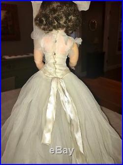 VINTAGE 1956 Madame Alexander 20 CISSY MEDICI BRIDE Doll Original Tagged Dress