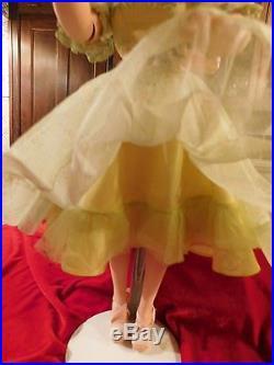 VINTAGE CISSY STUNNING BRUNETTE MA HAT TAGGED DRESS 2142WithSLIP PANTIES/HOSE/MORE