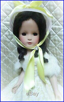 Vintage 1949 -1953 Madame Alexander 21 inch Margaret doll