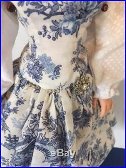 Vintage 1950's Madame Alexander 20 Brunette Cissy Doll