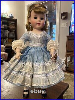 Vintage 1950's Madame Alexander Madeleine Doll With Curlers