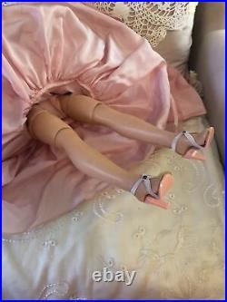 Vintage 1950s Madame Alexander Cissy Doll In Original Pink Torso Gown