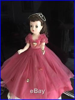 Vintage Madame Alexander Binnie / Winnie Story Princess, cissy face mold. 1950