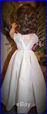 Vintage Madame Alexander Cissy Brunette 1950's A True Beauty