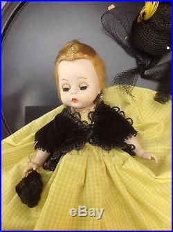 Vintage Madame Alexander-Kin Aunt Agatha, 434-1957 HP BKW