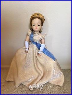 Vintage Madame Alexander Queen (Cissy series)
