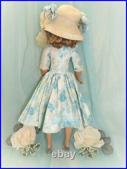 Vtg Madame Alexander Cissy Doll In Tagged Camellia Dress & Flocked Tulle Slip